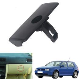 Agujero de guantes online-Manija de la caja de guantes Manija de bloqueo de la tapa para VW Golf MK4 98-05 VW Jetta (Bora) A4 99-04 DDA272