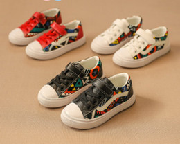 Wholesale Graffiti Colorful - 2018 Spring new Kids casual shoes children colorful graffiti PU outdoor student non-slip sneakers boys comfortable running shoes R2241