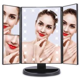 gespiegelte stände Rabatt Tri-Fold LED beleuchteter Touch Screen Stand-Verfassungs-Spiegel LED faltbarer kosmetischer faltender Spiegel 180 Grad-Umdrehungs-Make-upspiegel KKA4092