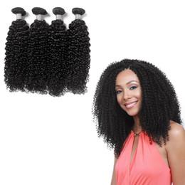colorant de cheveux brésilien de qualité Promotion Excellente qualité brésilienne armure bouclée peut être teints non transformés Extensions de cheveux humains 8-30 pouce 4 Pcs Bundles de vague de cheveux humains Style populaire