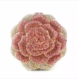 Bolso en forma de rosa online-Crystal Rose Diamond bolso de embrague bolso Rhinestone el más nuevo bolso de noche monedero rojo forma floral bolsas de hombro