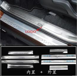 plaque de garniture Promotion Cas adapté pour Toyota RAV4 RAV 4 2013-2018 en acier inoxydable Seuil Protecteur Pédale Scuff Plate Cover Trim Car Styling 4 pcs