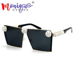 688dc02222 2018 Gafas de sol de mujer Gafas de sol de diamante único Gafas de sol de  gran tamaño Hombres de la vendimia gafas de sol marcos de metal Sombras  para ...