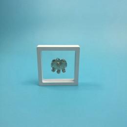 Argentina Membrana elástica Marco de fotos Joyas Caja de exhibición Reloj 3D Suspendiendo cajas de colección de cajas 90x90x20mm Envío gratis ZA5608 Suministro