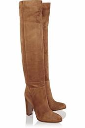 Argentina Nuevo diseño Marrón Botas de mujer Botas hasta la rodilla de moda Más el tamaño 44 Tacones altos Otoño Invierno Zapatos Mujer de lujo Botas Mujer 2018 cheap shoes boot design Suministro