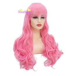 Недорогие розовые длинные парики онлайн-Мода Роскошные Длинные Натуральность Вьющиеся Розовый Цвет Парик Дешевые Высокая Температура Волокна Парики Партии Косплей Парики