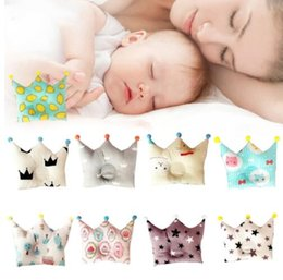 Wholesale Baby Sleeping Cushions - Baby Pillow Crown Shape Pillow Newborn Sleeping Bedding Flat Head Sleeping Positioner Support Cushion Prevent for 0-12 Months KKA4513