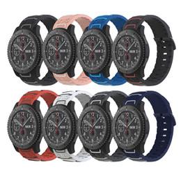2019 резиновые браслеты Спортивный силиконовый 22 мм ремешок для часов для Samsung Gear S3 Classic / Frontier резиновый браслет для Huawei Watch 2 Classic ремешок скидка резиновые браслеты