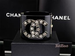 Бриллиантовый браслет широкий онлайн-Фабрика продать высокое качество дизайн бренда мода Жемчужина Алмаз цветы манжеты широкий браслет прозрачный кристалл панк акриловые браслет с коробкой