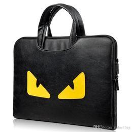 Macbook 13 bolsas online-Business Laptop Bag 13 Producto electrónico Apple macbook / Air / Pro Laptop Bag Little Monsters Eyes Computer Bag.
