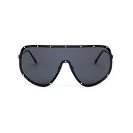 Уникальные солнцезащитные очки мужчин онлайн-MINCL / 2018 негабаритных XXL огромный большой щит Wrap дизайнер женские поляризованные солнцезащитные очки мужчины и женщины мода уникальные солнцезащитные очки FML