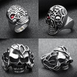 remendo bordado da âncora Desconto Europa e nos estados unidos retro jóias 316l aço inoxidável personalidade dos homens crânio anel de moda titanium aço retro anel frete grátis