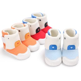 Wholesale Infant Boots For Boys - Fashion Baby Warm Shoes For Girl Boy Booties Newborn Infant Winter Snow Boots Babe woolen Booty Kids Cute Cartoon First Walkers