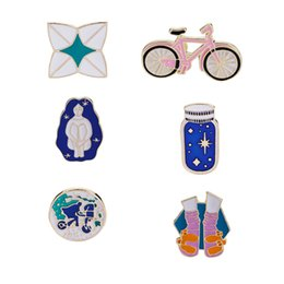 Wholesale american earth - World Travel Brooches Bicycle Wishing Bottle Shoes Origami Girl Enamel Pin Round Geography Pin Planet Earth Pin Badge Gifts