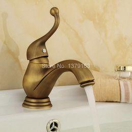 torneiras antigos vintage Desconto Vintage Antique Bronze Único Lidar Com Banheiro Deck Montado Faucet Vessel Bacia Sink Mixer Tap anf106