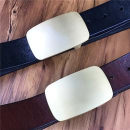e900e11c93c7 En laiton massif boucle de ceinture en cuir véritable hommes ceinture Jeans  sangle Cinturon Hombre Riem Cinturon Mujer en cuir hommes taille MBT0577