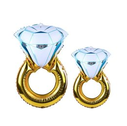 Argentina Giant Diamond Ring Aluminium Foil Creative Kids Favor Juguetes para decoraciones de la boda Festival Party Supplies Photography Props 5tq3 ii cheap toys diamond rings Suministro