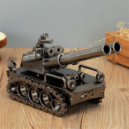 Yaratıcı el yapımı Die-cast Araç Çinko Alaşım Askeri Tankı basit ev dekorasyon süsler masaüstü ofis el sanatları (Model Muharebe Tankı) nereden