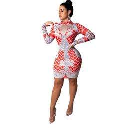 2019 roter nachtstand Rot Weiß Plaid Print Sexy Bodycon Kleid Frauen Langarm Stehkragen Nachtclub Party Kleid Elegante Paket Hüfte Mini Vestidos günstig roter nachtstand