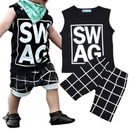Ins Explosions 2018 Fashion Boy Suit Letter Printing Vest + Pants Suit Baby Summer Gilet senza maniche 2 pezzo di abbigliamento per bambini da