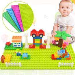 Wholesale new educational toys - New Version Small Blocks Building DIY Baseplate 16*32 Dots Base plate Toys Children Educational Plastic ABS Toy Home Decor GGA256 220pcs