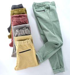 2019 calça de veludo em veludo Nova veludo de veludo das mulheres mais calças de veludo espessamento cintura elástica plus size calças casuais das mulheres calças de lápis elástico calça de veludo em veludo barato
