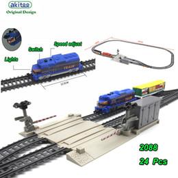 2019 детские игрушки для мальчиков akitoo 1028 электрический легкорельсовый автомобиль установить аудиторию 335 см моделирование железнодорожной станции модель игрушки раннего образования игрушки подарок дешево детские игрушки для мальчиков