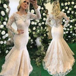 2019 sereia bonito vestidos de noiva de volta Modest lindo Lace Appliqued sereia vestidos de casamento de alta qualidade frisada mangas compridas de lantejoulas vestidos de noiva com botões de volta desconto sereia bonito vestidos de noiva de volta