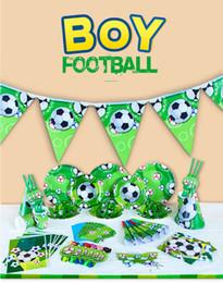 2019 cachorros de brinquedo de plástico para crianças Festa de Futebol tema Set Up Suit World Cup 2018 Decoração de Festa de Aniversário Das Crianças de Futebol 6 Crianças com Placas Bandeiras Faca garfo Crianças brinquedos