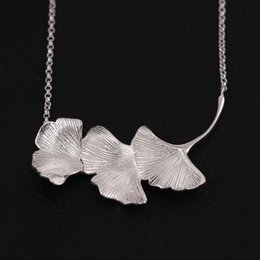 Wholesale Chinese Jewellery - Chinese wind jewellery 925 Sterling Silver glamour tri leaf ginkgo Pendant Necklace A woman's clavicle chain jewellery wholesale Valentine's
