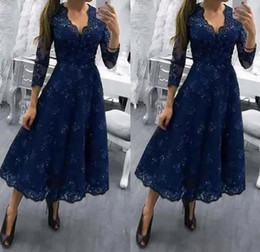 Wholesale tea dress blue - Tea Length Plus Size Lace V Neck Mother Of The Bride Dresses 2018 3 4 Long Sleeves Appliqued A Line Formal Wedding Guest Gowns Evening Dress
