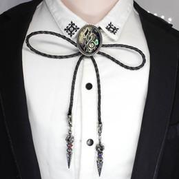 BOLO-002 Bassschlüssel Bolo Tie Halskette schwarze Lederkette Höhen und Bassschlüssel Bolo Tie Glas Schmuck Musik Bolo-Tie Männer Shirt von Fabrikanten
