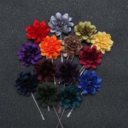 fiore all'ingrosso del risvolto per gli uomini Sconti Spilla fiore spilla a forma di fiore all'occhiello boutonniere squisito panno di simulazione pin 14 colori spilla fiore pulsante all'ingrosso