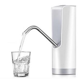 dispenser pompa acqua potabile in bottiglia Sconti Distributore di acqua pompa acqua in bottiglia portatile portatile erogatore di acqua ricaricabile automatico in resina ABS con cavo USB Batteria Pompe per bere 38js YY