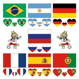 Aufkleber banner online-Russland 2018 World Cup Tattoo Aufkleber Wasserdicht Nationalflagge Banner Tattoo Aufkleber Heart-shaped auf Gesicht Arm 32 Teams GGA86
