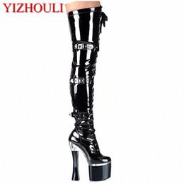 Pulseira dianteira de salto alto on-line-18 cm de salto alto sapatos de salto grosso alça da frente botas altas botas de plataforma hasp 7 polegada Incomum sexy Coxa Alta para As Mulheres