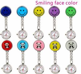 2019 улыбка Мода улыбка панда лицо медсестра карманные часы унисекс дамы женщины врач клип полезные личные FOB часы дешево улыбка