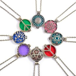 """Wholesale Scent Oil Diffuser - Ancient Bronze Flower Essential Oil Diffuser Necklace Aromatherapy Jewelry 10 Pattern Scent Lockets 29"""" Chain + 5 Insert Pads + Charms"""