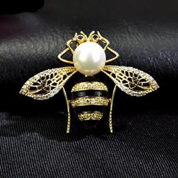 Элегантная упаковка подарочной коробки онлайн-Red Trees  High Quality Summer Jewelry Cute Bee Brooch Box Package Fashion Elegant Insect Brooches Birthday Gift For Women