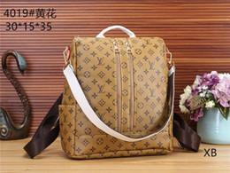 Wholesale AAAAA toptan Yeni tasarım moda erkek yüksek kaliteli sırt çantası lüks V marka erkek Postacı çantası çanta bayanlar sırt çantası Fre