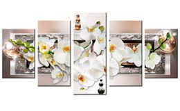 2019 óleo, pinturas, lona, orquídeas Cinco pinturas a óleo de arte de flores brancas e orquídeas estão na tela, e as imagens modernas de arte metope adornam a sala de estar do quarto com moldura desconto óleo, pinturas, lona, orquídeas