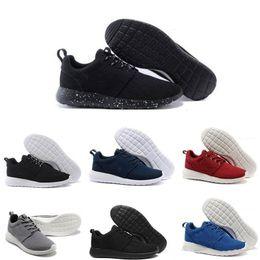 Canada 2018 New Runs Encré Noir Blanc Femmes Chaussures de Course Pour Hommes Londres Olympique ruche Run Sneakers Sport Chaussures Formateurs US5.5-11 nike roshe run rosherun cheap london ink Offre
