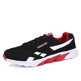 Calzado de primavera para hombre online-Nuevos hombres zapatos casuales con cordones rojo azul primavera otoño Mens cómodo 2018 calzado transpirable casa zapatos
