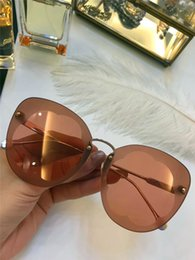 Wholesale Flower Sunglasses - New fashion designer sunglasses 178 frameless flower shape frame avant-garde popular style top quality uv400 protective eyewear