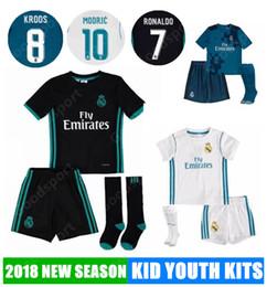 Wholesale youth football jersey black - 2018 KID Youth kits REAL MADRID Soccer Jerseys MODRIC LUCAS MORATA BALE KROOS ISCO BENZEMA Ronaldo Football Shirt children socks