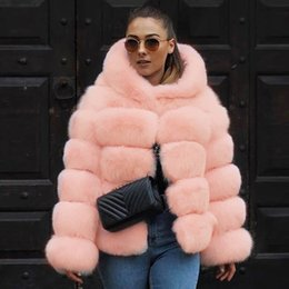Moda de invierno mujer abrigo de piel sintética Patchwork grueso cálido de piel de manga larga con chaqueta con capucha prendas de abrigo abrigo más tamaño 6Q2362 desde fabricantes