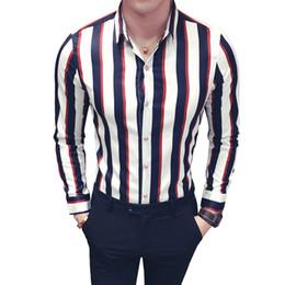blusa con botones rojos Rebajas camisa de rayas coreana hombres azul marino camisa de rayas rojas hombres manga larga botón abajo blusa camicia uomo más tamaño 5xl