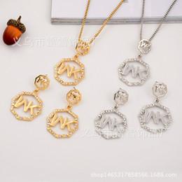 Серьги с круглым бриллиантом онлайн-Европа и Соединенные Штаты мода ожерелье кулон серьги полный дрель MK письмо восьмиугольный круглый двухсекционный ювелирные изделия с бриллиантами lx