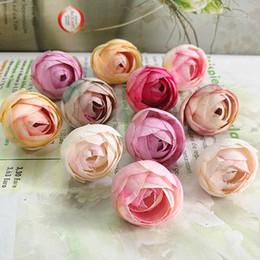 2019 piccola rosa artificiale di seta Seta piccola tea rose 100pcs fiori finti decorazioni natalizie per la casa di nozze fiori artificiali parete fatti a mano regali fai da te C18111501 piccola rosa artificiale di seta economici