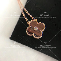 Wholesale Bull Jewelry - High version Luxury jewelry by VCA ,bull''s eye stone necklace Clover Necklace Four Leaf Flower Pendant,Genuine necklace buttons with box